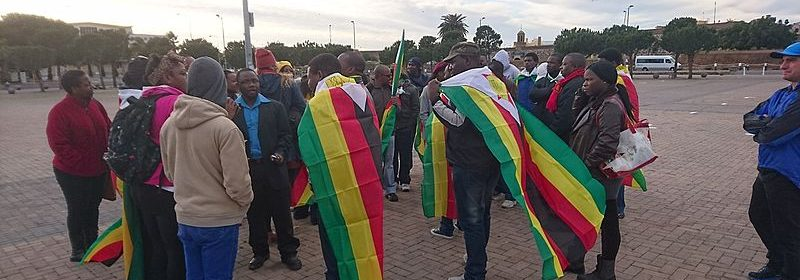 This_flag_2016_Zimbabwe_protests_-_Cape_Town_1